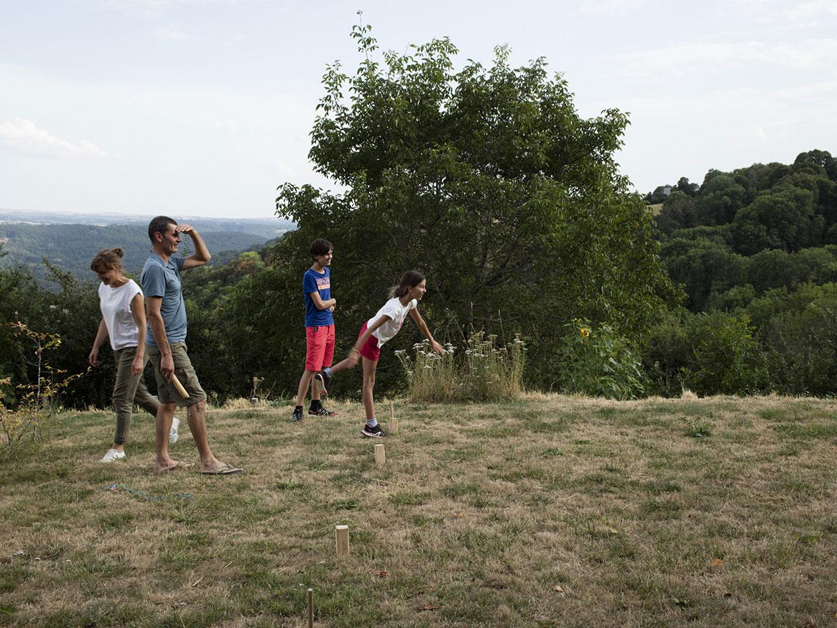 Aubrac-Carladez-Viadene-jeu-nature