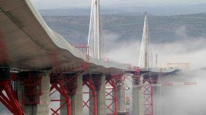 Viaduc de Millau en construction